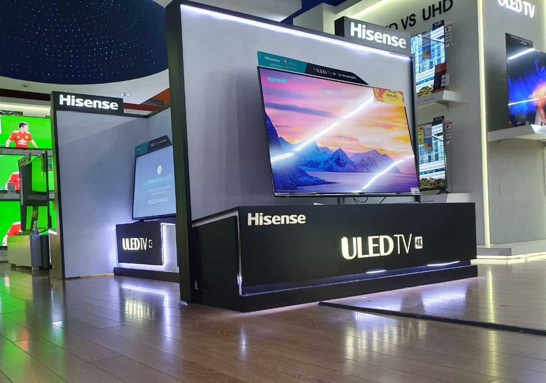 présentoir-de-TV-magasin-et-grande-surfaces--stand-de-présentation-de-produit-TV-maroc-Hisense--stand-de-présentation-